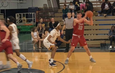 Saints Defeat Lawrence Tech on Buzzer-Beater